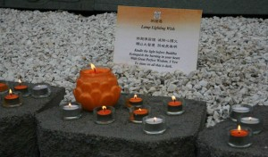 Lamp offering to the Buddha