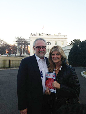 Bailey and her husband Steve Medwell in front of the White House