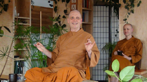 Ajahn Sona telling tales from his year-long solitary retreat