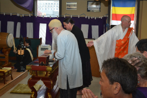 Participants offer incense. Left, Rev Kanjin Cederman, offering incense in foreground; David Flood, Rev Nichiyu Hanya (l) and Rev Zeniku Toda (r), chanting in front