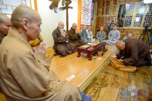 Ron Zimmerman's ordination at Jiashan Temple