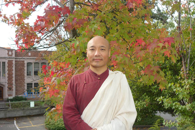 Anam Thubten offered a weekend retreat at the University of Washington for the second time this fall