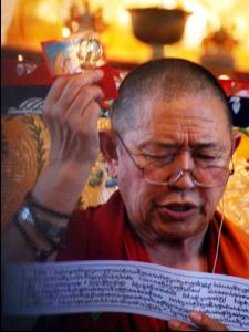 Garchen Rinpoche at the Sakya Monastery in 2013.
