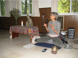 Arinna Weisman teaching.