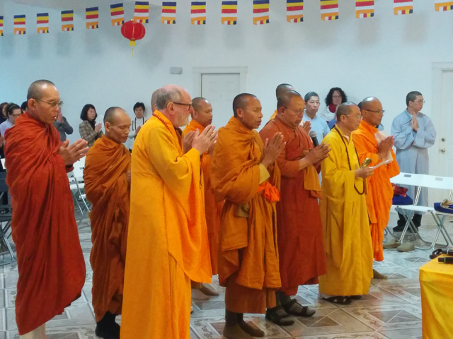 Refuge and precepts led by Bill Hirsch, Phra Ratsamee, Ajahn Ritthi, Thich Dong Trung, and Ven. Ekachai