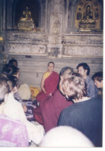 Ven. Chodron teaches under the Bodhi Tree at Bodh Gaya, India, in 1998.