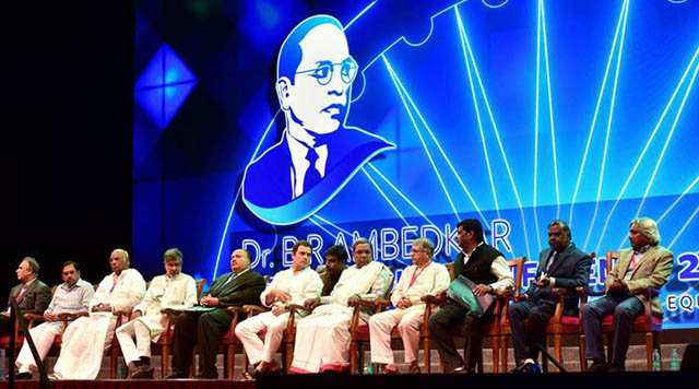Martin Luther King III, Congress Vice President Rahul Gandhi, Nobel Laureate Kailash Satyarthi, Karnataka Chief Minister Siddaramaiah and others, during the inauguration of the Dr B R Ambedkar International Conference 2017.