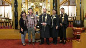 Marsha Aizumi, Aiden Aizumi, Rev. Dr. Jeff Wilson, Rev. Elaine Donlin, and Rev. Kiyonobu Kuwahara, after the seminar in front of Seattle Betsuin's Amida shrine.