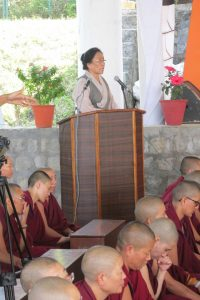 Rinchen Khando Choegyal, director of Tibetan Nuns Project, spoke movingly of the difficulties the nuns faced when fleeing China.
