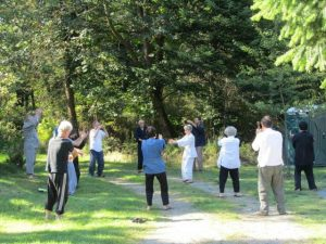 During a seven-day retreat, Korin leads daily exercise periods