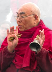 Venerable Lama Lodru Rinpoche blesses the new site at the Lord of the Land ceremony in 2007