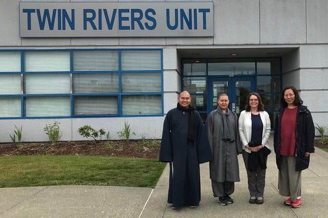 In June, 2018, the inmates were visited by Venerable Xianzhong, Venerable Deachan Chorol, Sandra Kipper and Rame Chiu