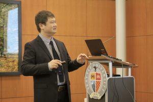 Professor Hiroshi Kikuya delivering his presentation