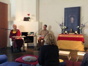 Nalandabodhi's Acharya Lhakpa and Mitra Dean Mark Power take questions during the winter Contemplative Meditation Retreat